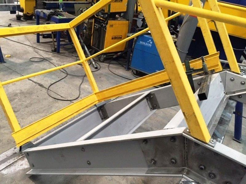 Escada fibra de vidro preço