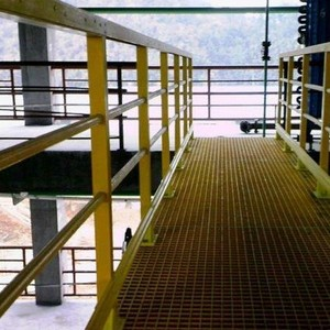 Grade de piso em fibra